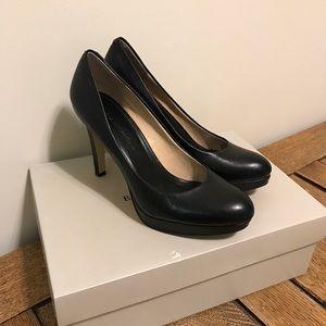 Banana Republic black heels, 7.5